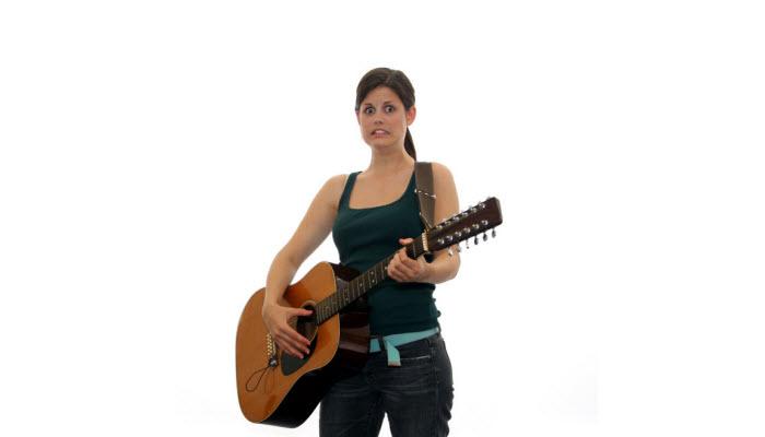playing basic guitar chords